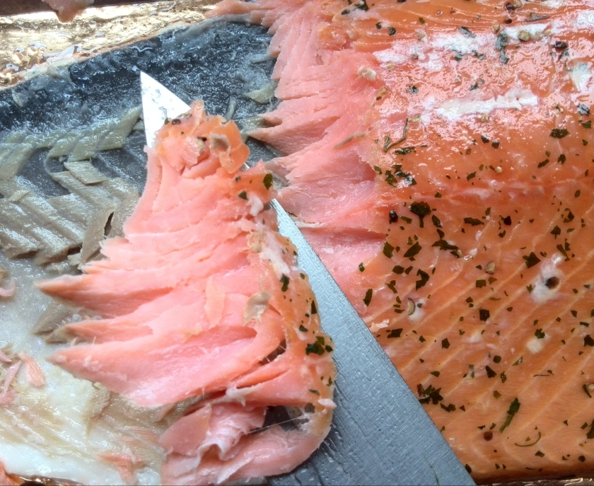salmon-salm-mes