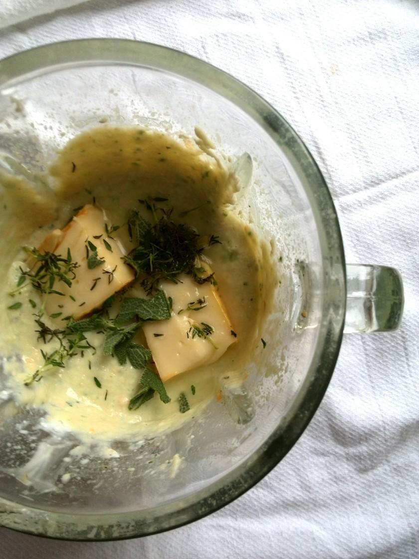 artichoke-dip-blender