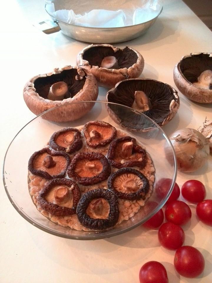 soya mince- gedroogde mushrooms