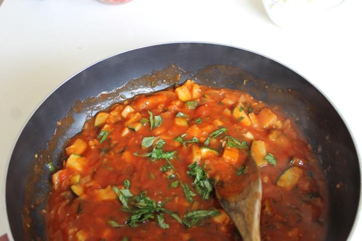 vegetarian pasta-saus