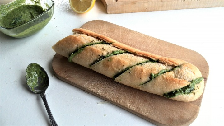 arugula pesto-bread